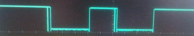 Прохождение двух посетителей через счетчики посетителей на ИК датчиках